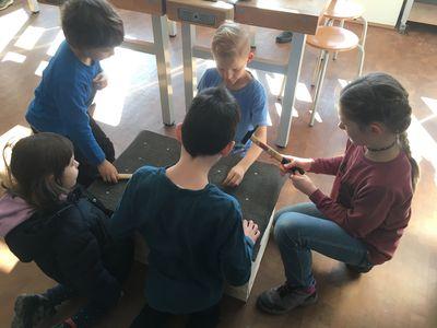 Kinderwinterwerkstatt Bau von Wiedehopf-Nisthilfe